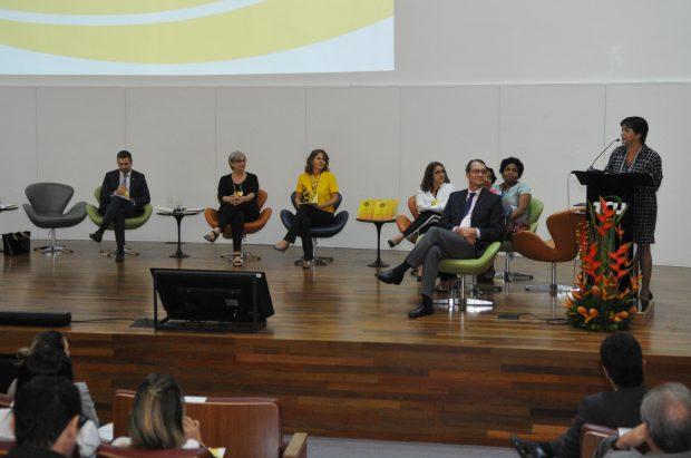 OPAS apoia a I Mostra de Experiências Inovadoras do SUS no Distrito Federal