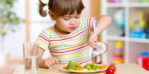 Ministério da Saúde bate à porta para falar sobre alimentação de crianças