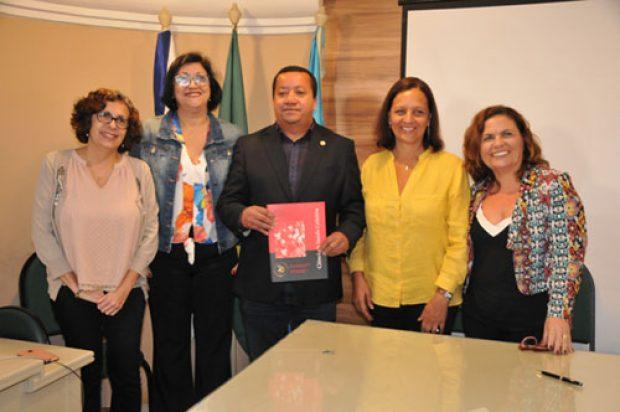 Cofen e Fiocruz lançam edição especial da revista Ciência & Saúde Coletiva