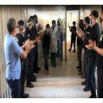 4. HOMENAGEM DOS POLICIAS AOS PROFISSIONAIS DE SAÚDE